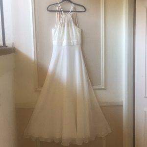 Sz 4 BCBG Paris White Maxi Dress EUC